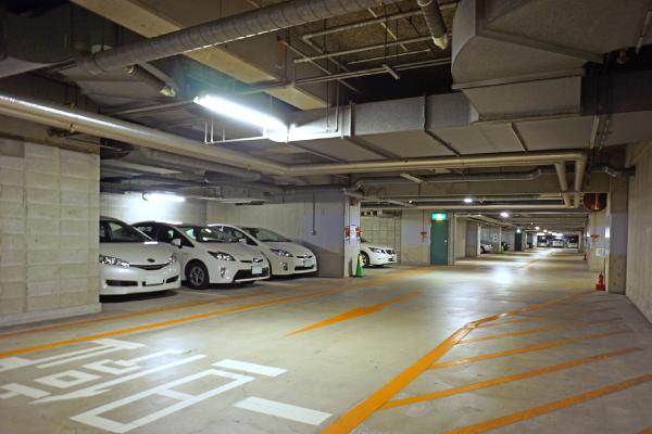 オフィスだより地下駐車場写真1