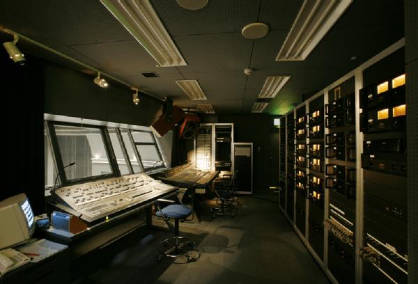 KFMホール イオ(付帯設備)