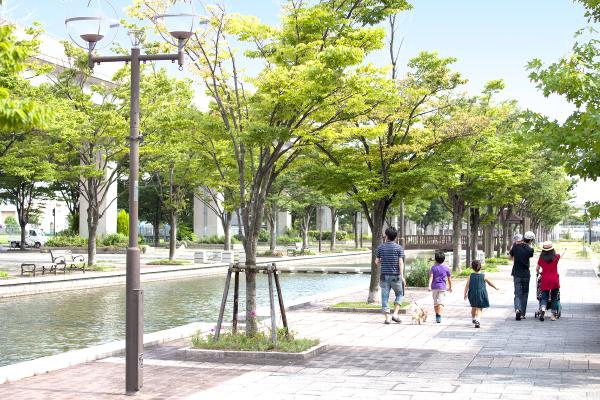 神戸ファッションマートの賃貸オフィスは静穏で緑豊か、快適な周辺環境